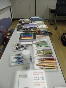 色鉛筆もたくさんご用意しています